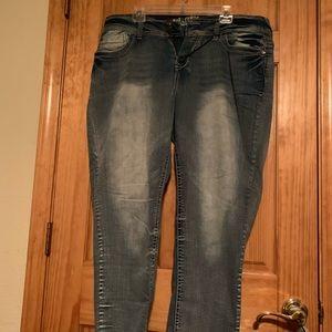 Wallflower Jeans